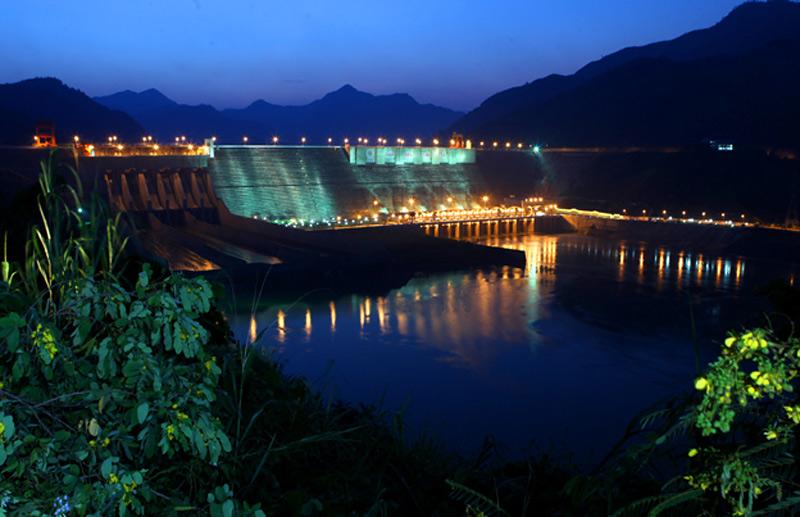2.1 Thủy điện Sơn La, xã Ít Ong, huyện Mường La, tỉnh Sơn La